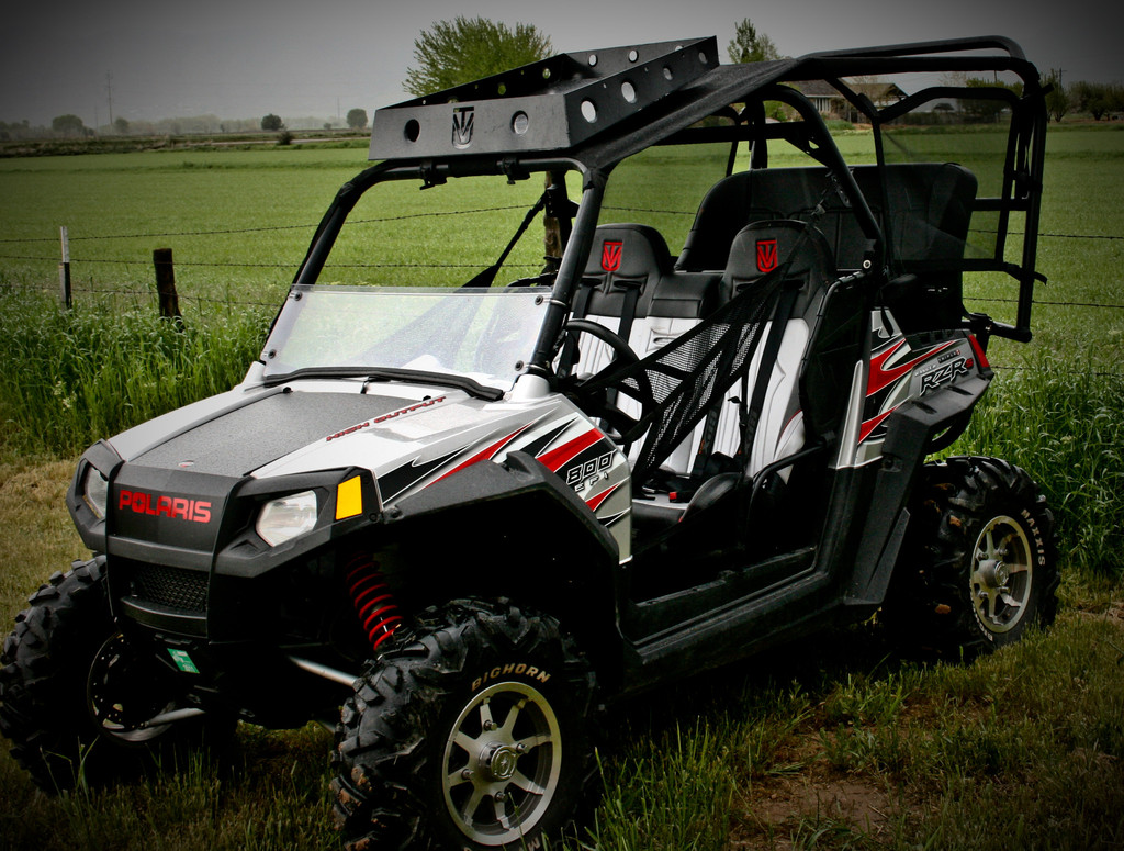 polaris rzr 570 polaris rzr 800 polaris rzr s 800 backseat and roll cage kits trail king. Black Bedroom Furniture Sets. Home Design Ideas